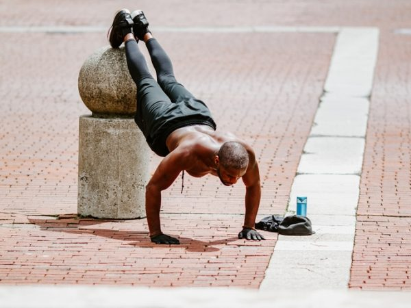 Vor allem Sportler/innen leiden häufig an Magnesiummangel. (Bildquelle: Gabe Pierce / Unsplash)